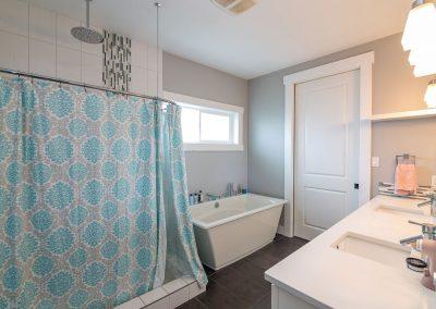 Women's House Bathroom